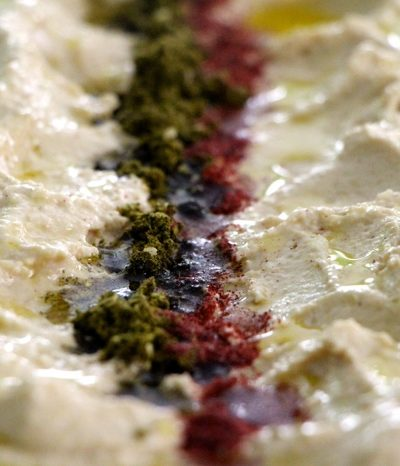Basic Hummus – A culinary evidence that our world is getting smaller