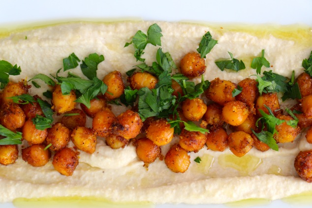 spicy chickpeas on hummus from above