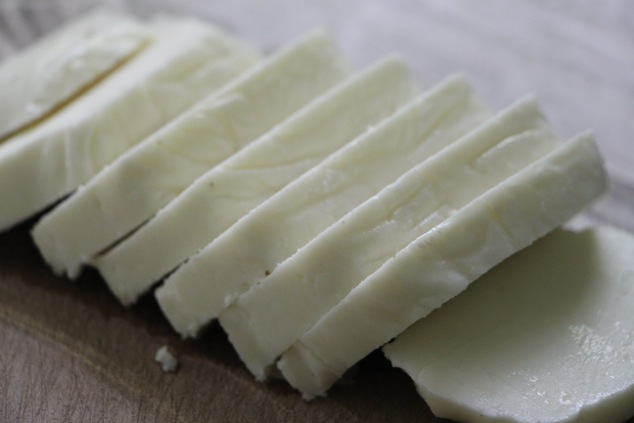 halloumi cheese slices
