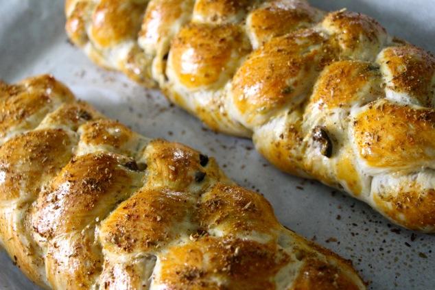 baked oilves Tabil challahs