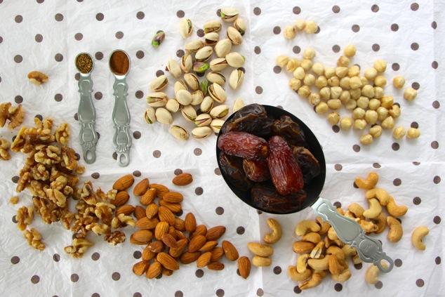 Tunisian Charoset ingredients
