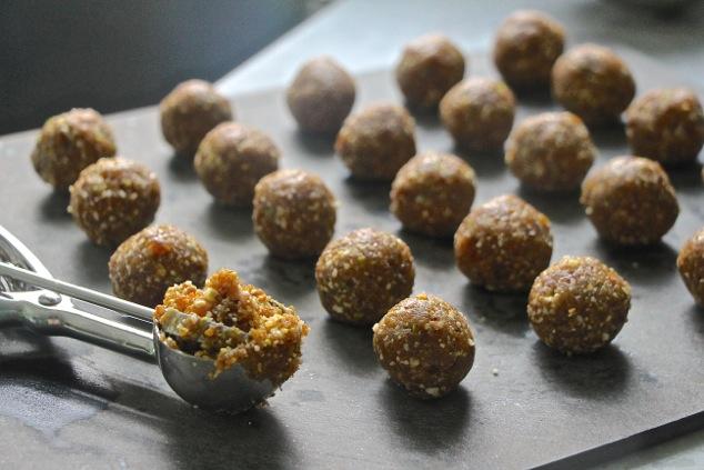 forming Charoset balls