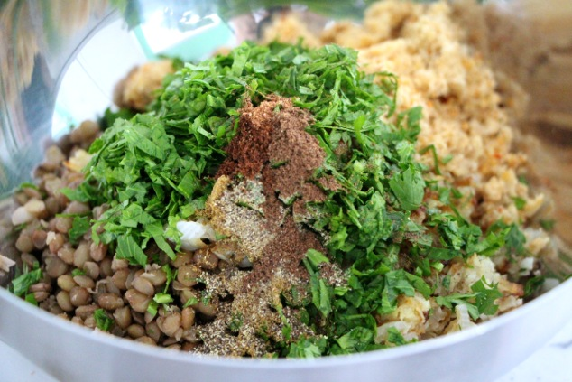 Kubbeh filling ingredients in a bowl