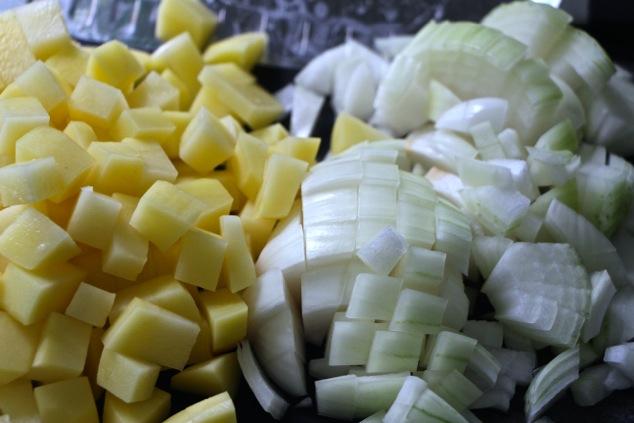 onion and potato cubes