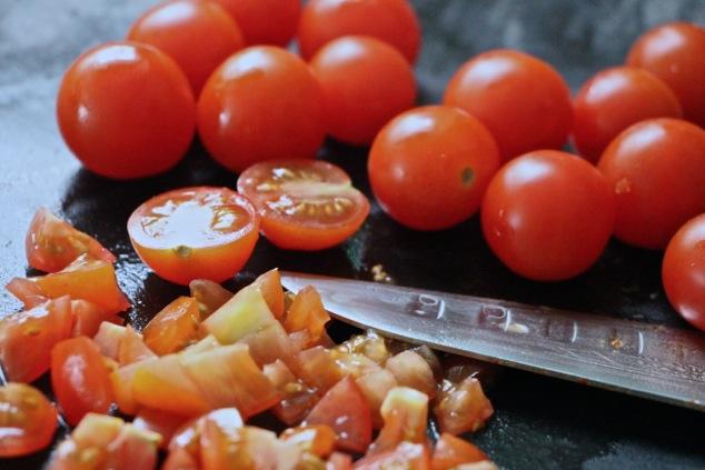 chopping cherry tomatoes
