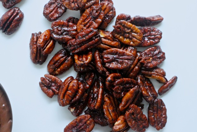 caramelized pecans up close